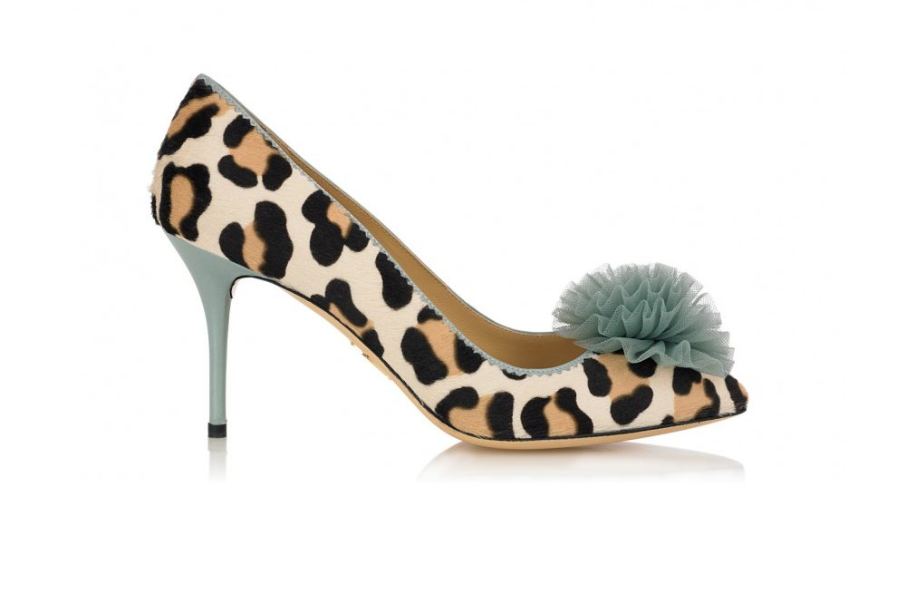Animal-print-wedding-shoes-with-something-blue.full