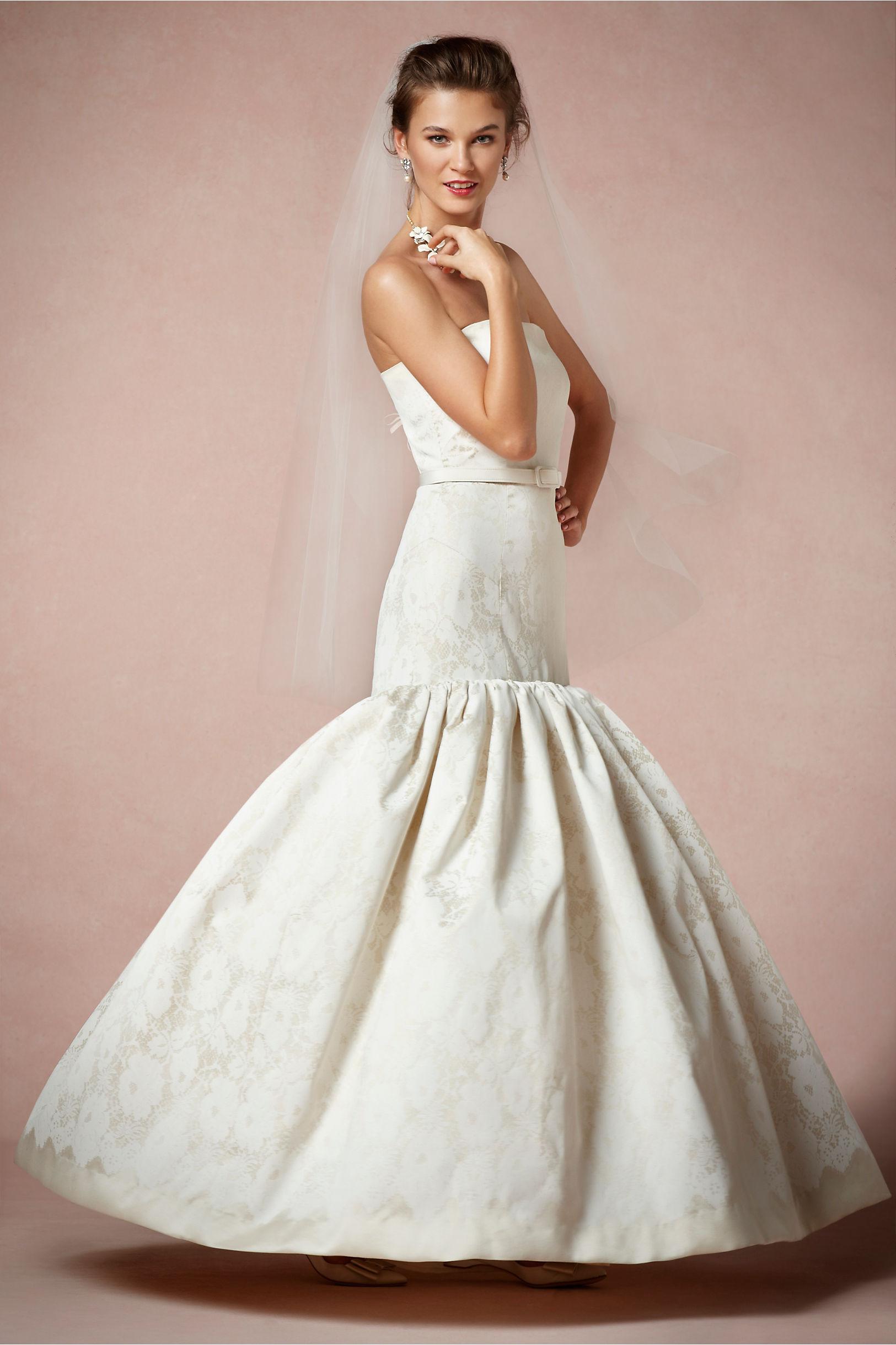 Strapless mermaid wedding dress vintage inspired for Vintage mermaid wedding dress