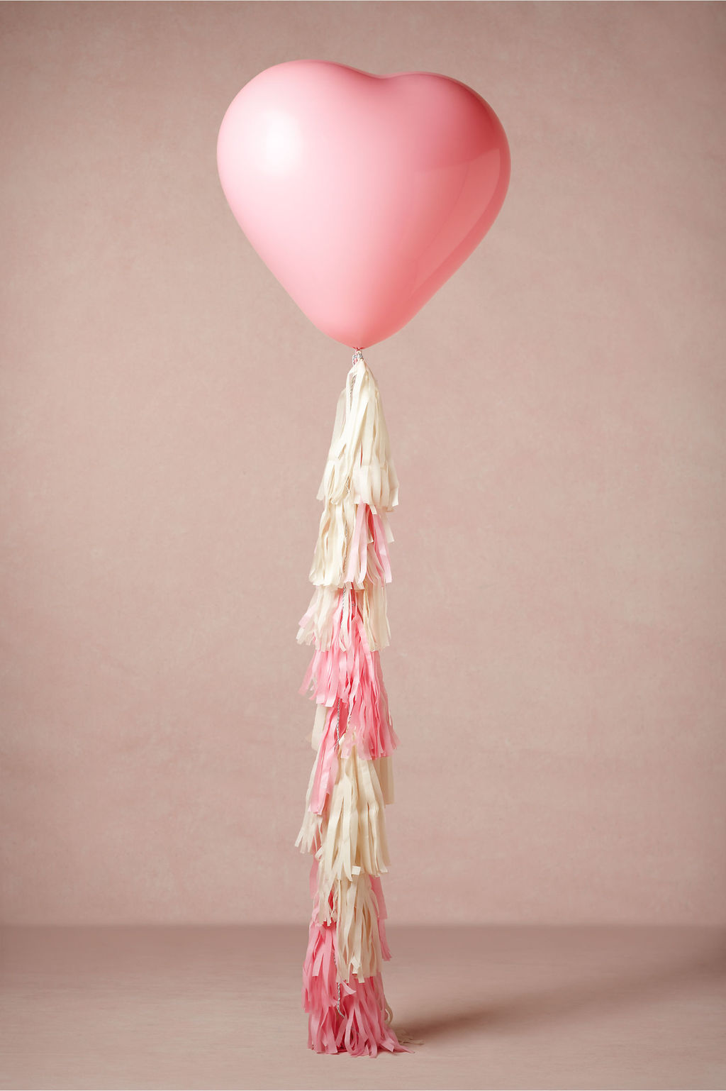 Balloons-for-the-wedding-pink-heart-shaped.full