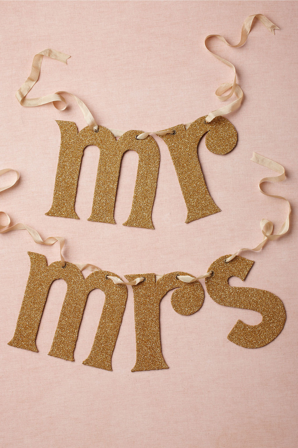 Gold-mr-and-mrs-wedding-sign.full