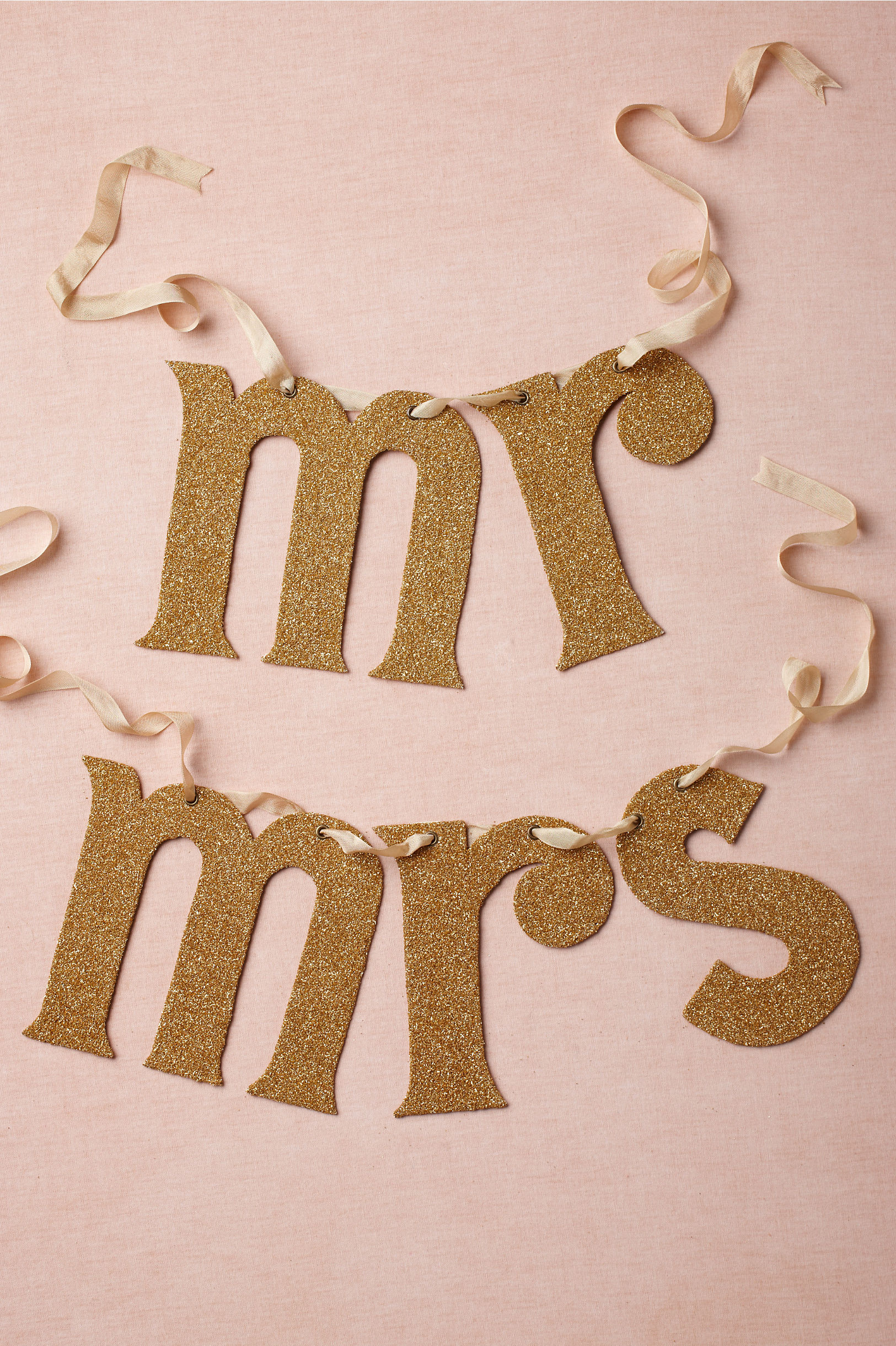 Gold-mr-and-mrs-wedding-sign.original