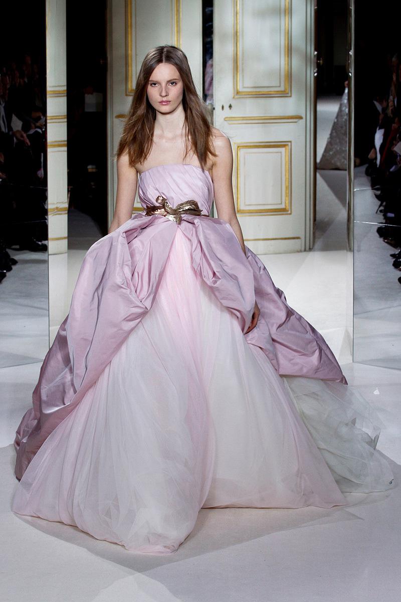 Wedding Gown giambattista valli couture spring 2013 24 122424434821