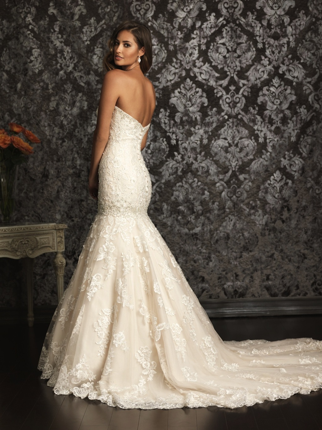 2013-allure-bridals-wedding-dress-bridal-gown-allure-collection-2013-9018b.full