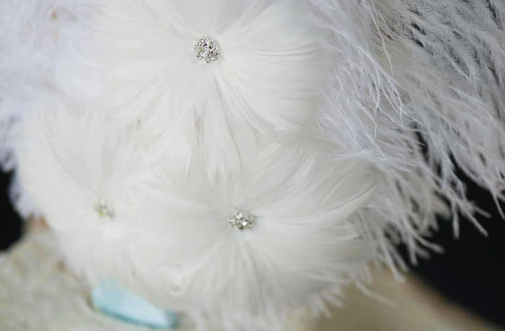 feather wedding cake toppers feather wedding finds great gatsby vintage theme cake topper 14222
