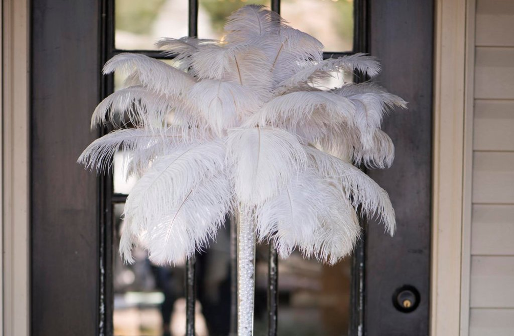 Great Gatsby Themed Wedding Reception Feathers And Gold