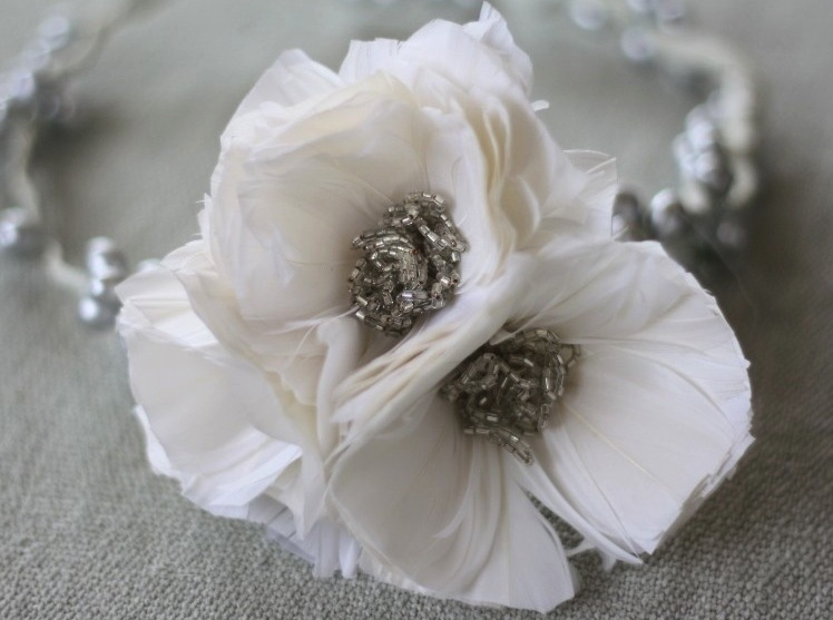 White-feather-poppy-wedding-flower-diy.full