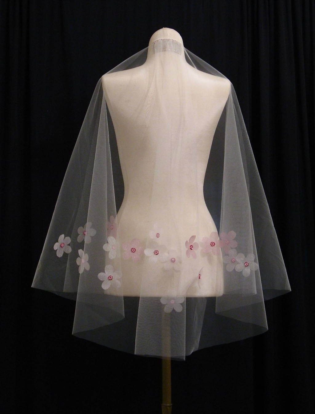Cherry-blossom-wedding-veil.full