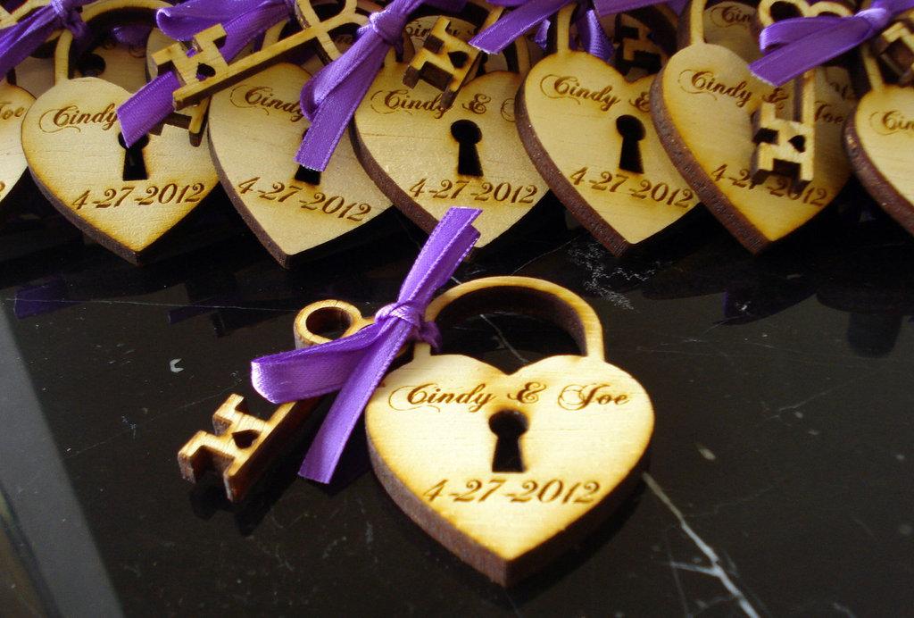 custom wood wedding favors heart lock and key