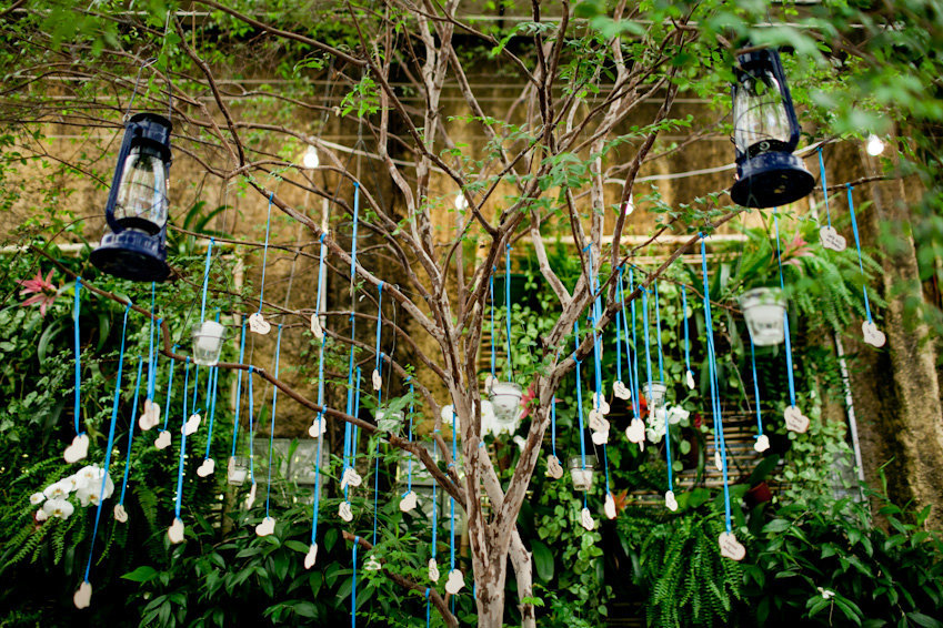 Wedding-wish-tree-heart-shaped-guest-tags.full