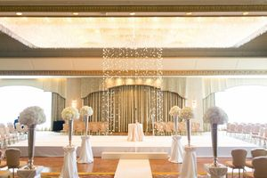 photo of Elegant Wedding at the Ritz Carlton Chicago All White Wedding Flowers