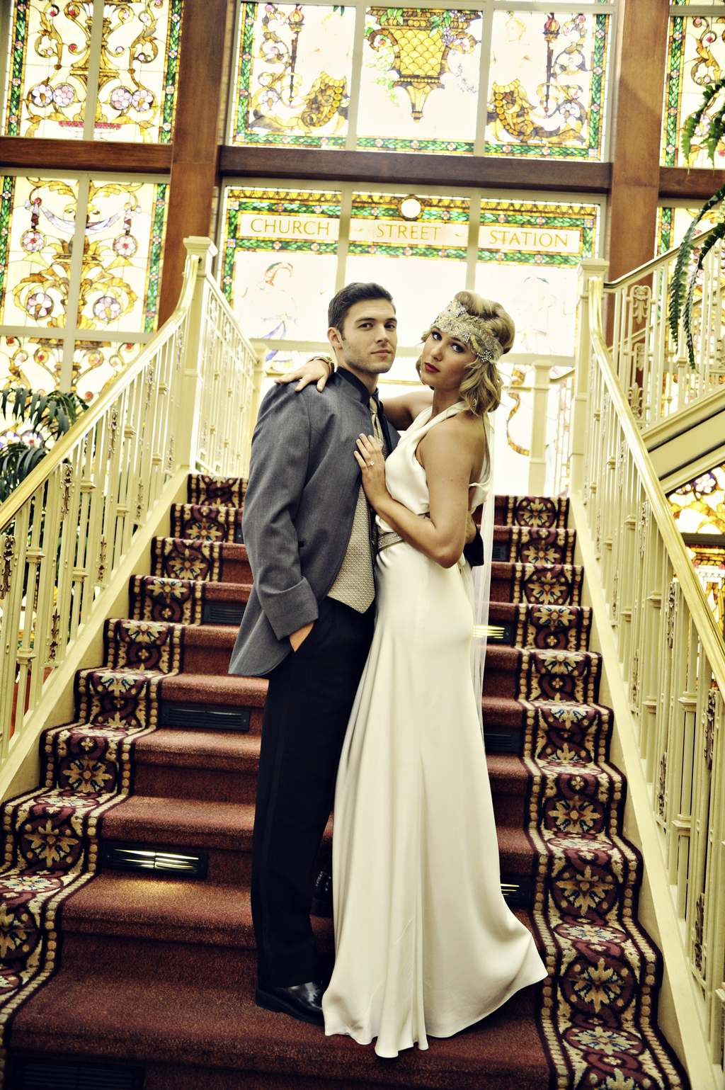Great-gatsby-inspired-bride-and-groom.full