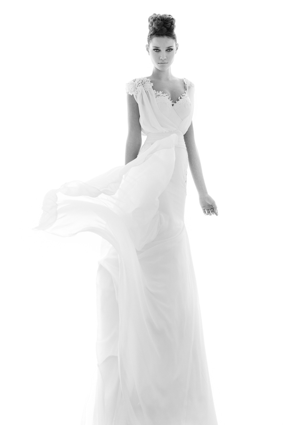 Featherlight-chiffon-wedding-dress-with-touches-of-lace.full