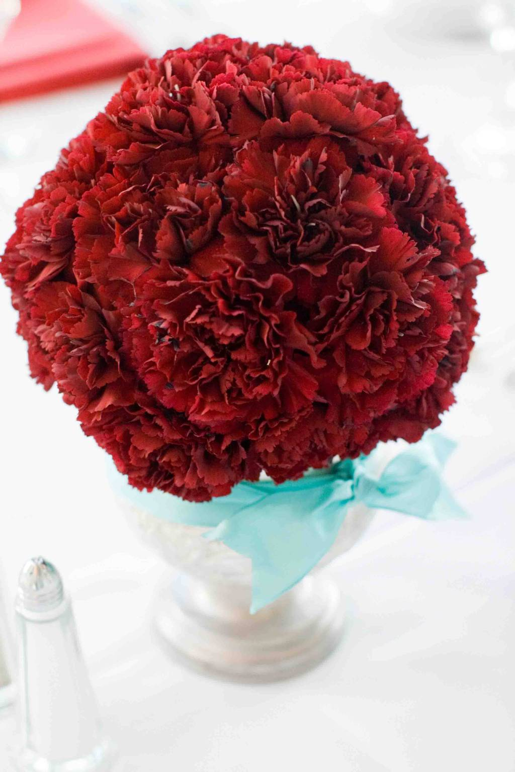 Simple-red-carnation-wedding-centerpiece.full
