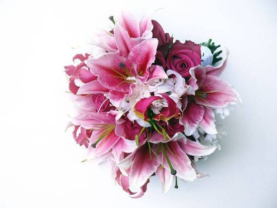 pink bridal bouquet with oriental lilies