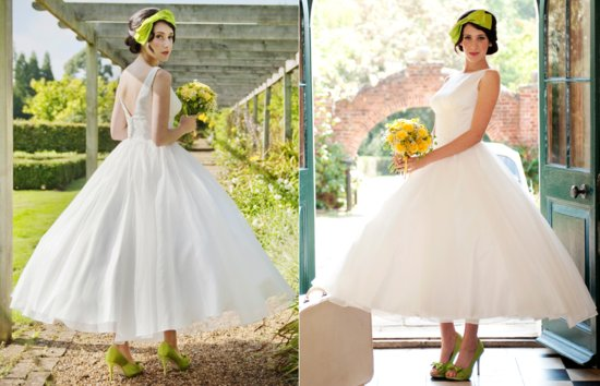 Retro 1950s inspired wedding dress