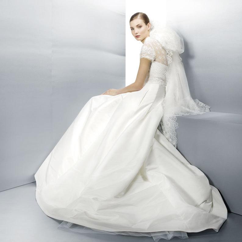 Jesus-peiro-wedding-dress-lace-cap-sleeves-3003.full