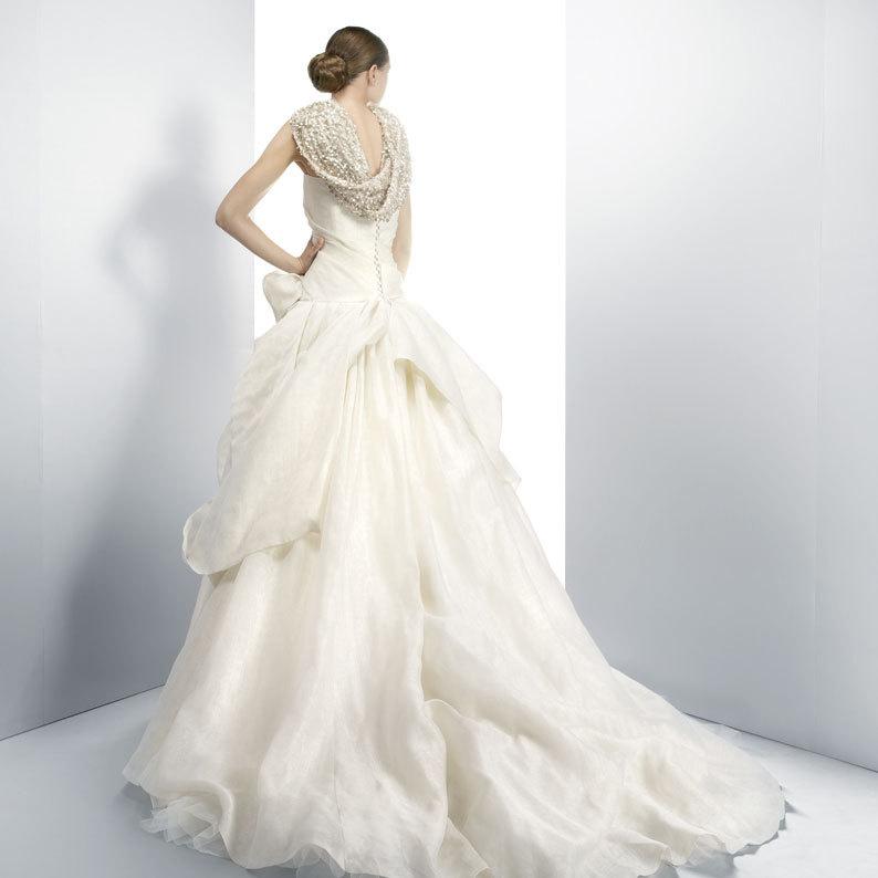 Jesus-peiro-wedding-dress-3073-b.full