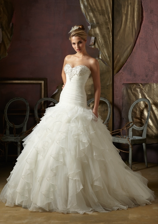 Strapless wedding dress with ruffles