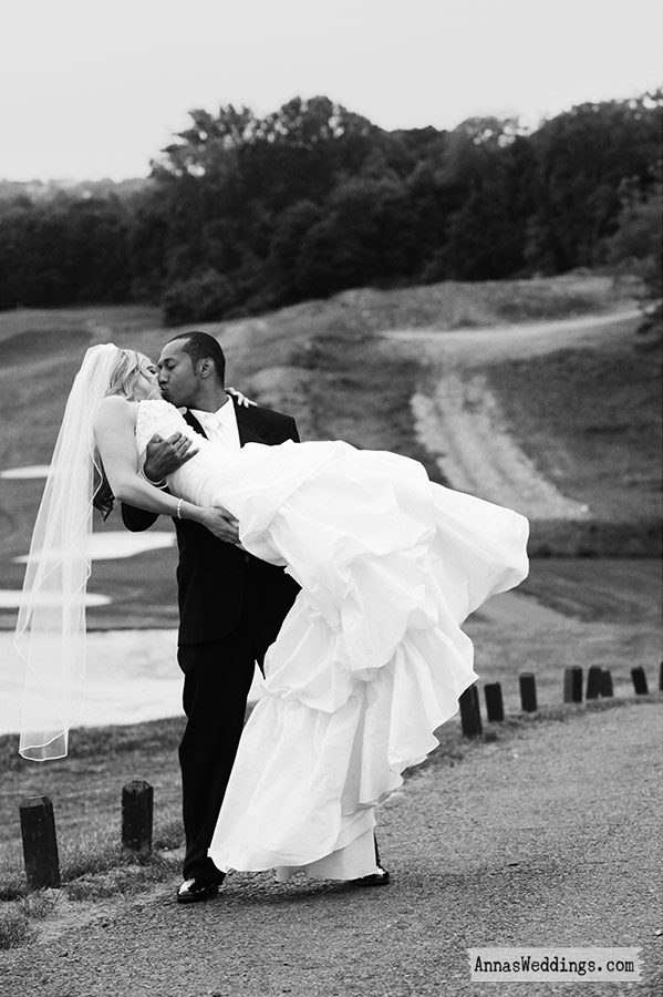 Anna_rozenblat_wedding_photography_nj-bride-on-a-golf-course.full