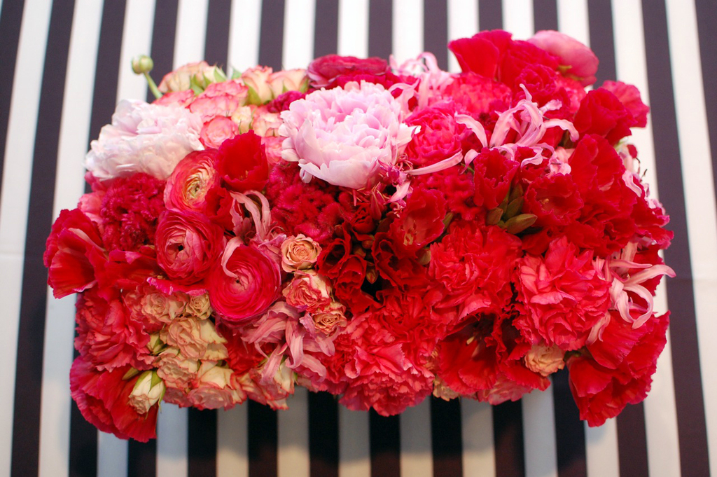 Red and Pink Modern Wedding Centerpiece
