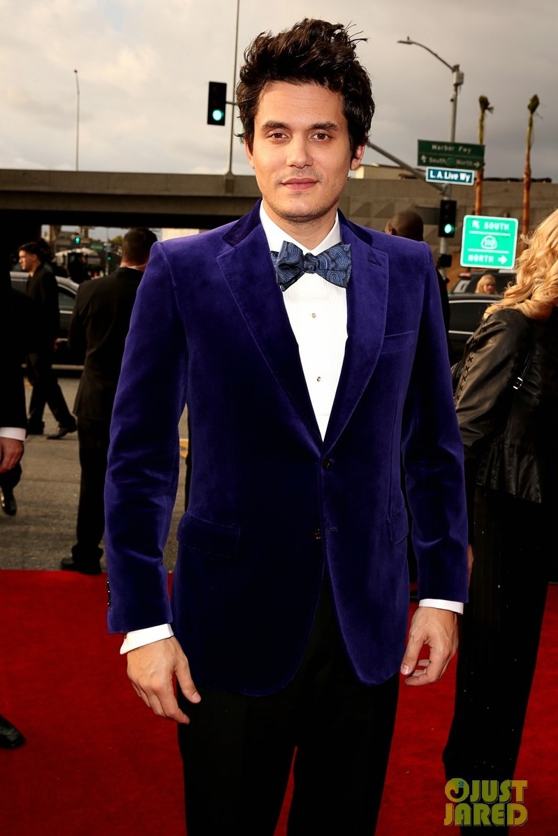 John-mayer-grammys-2013-red-carpet-03.full