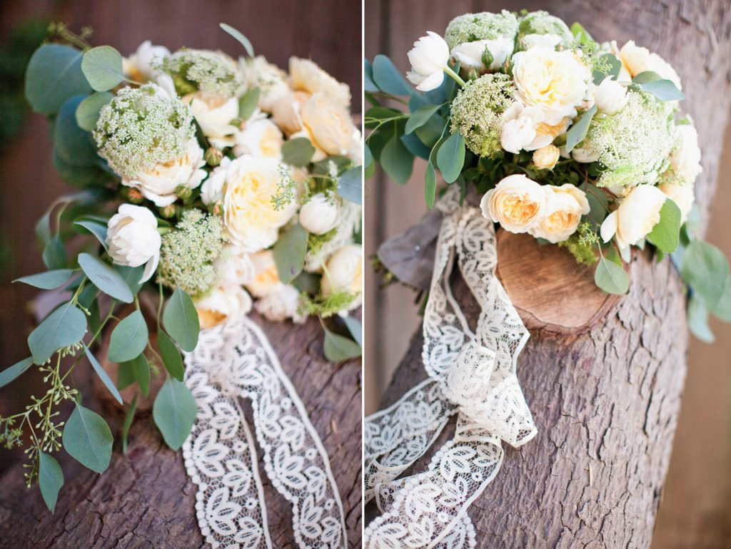 Romantic-ivory-wedding-bouquet-with-lace-ribbon-tie.full