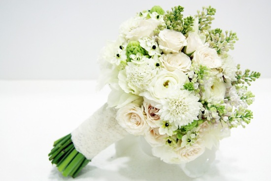 Elegant Lace Wrapped Wedding Bouquet
