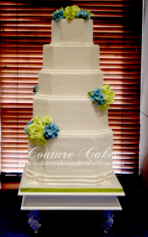 Lee Disney Wedding Cake pic 1