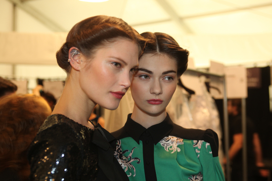Wedding Hair Makeup Inspiration from the Catwalk Carolina Herrera