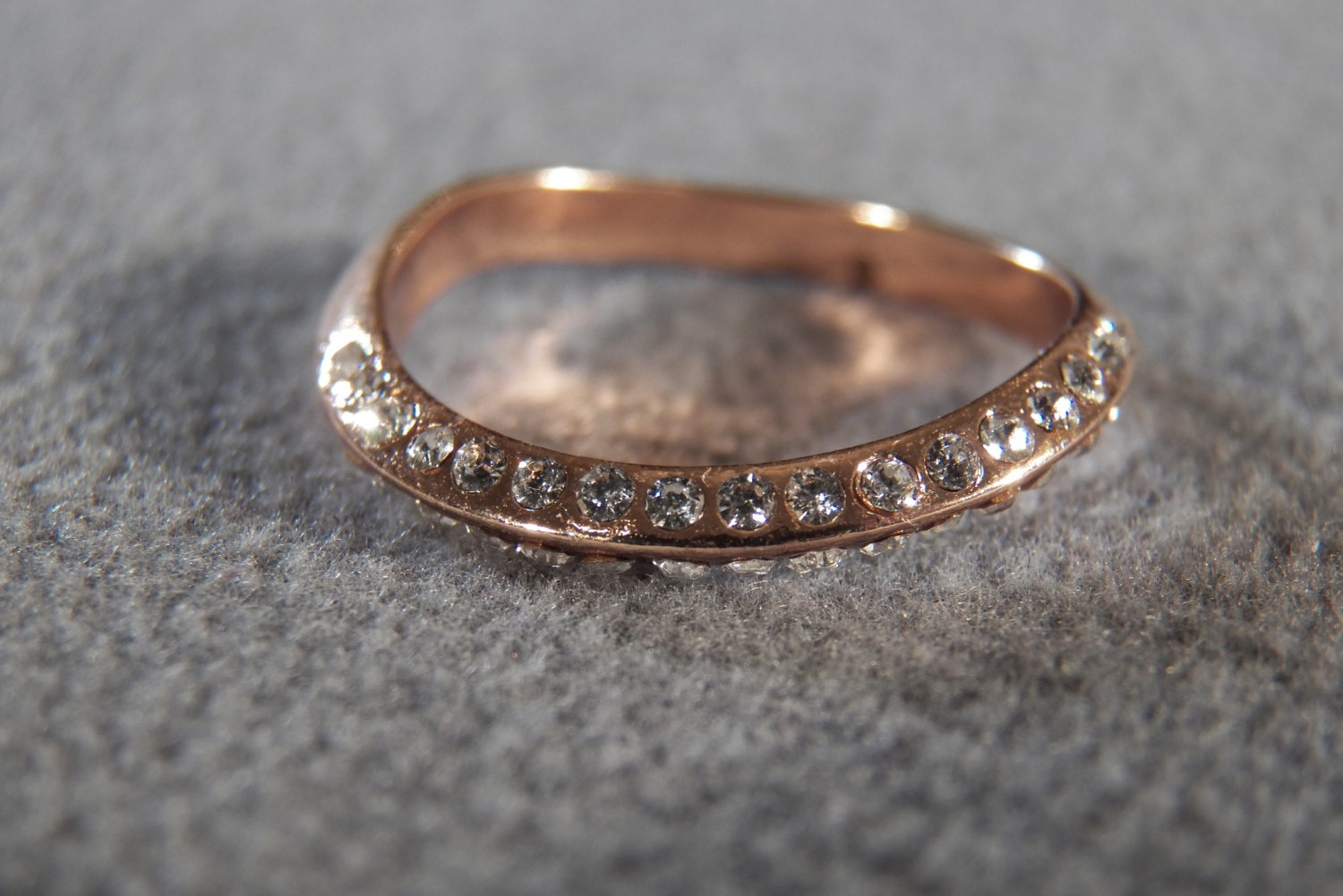 vintage rose gold wedding band with diamonds