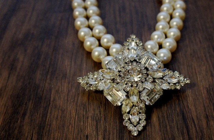 Statement-wedding-jewelry-by-house-of-noyes-vintage-pearl-necklace.full