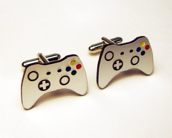 Awesome Wedding Cuff Links for Gamer Grooms