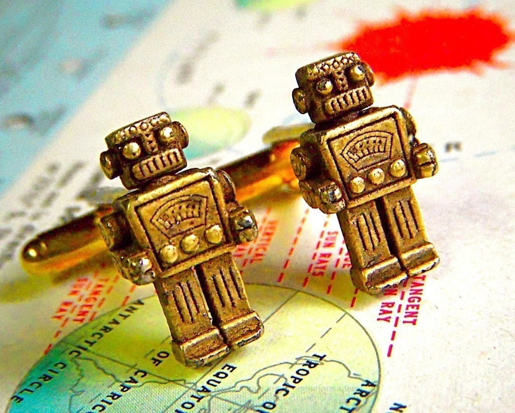 Vintage-robot-cuff-links-for-geeky-grooms.full
