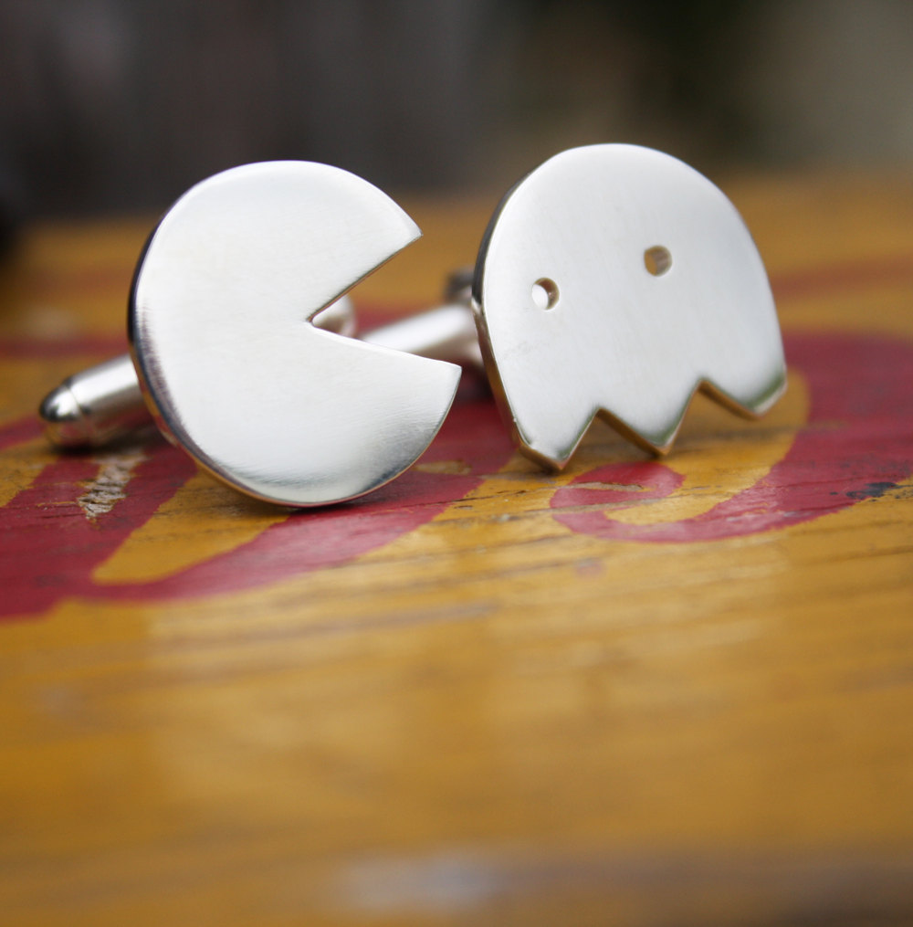 Silver-pacman-cufflinks-for-grooms.full