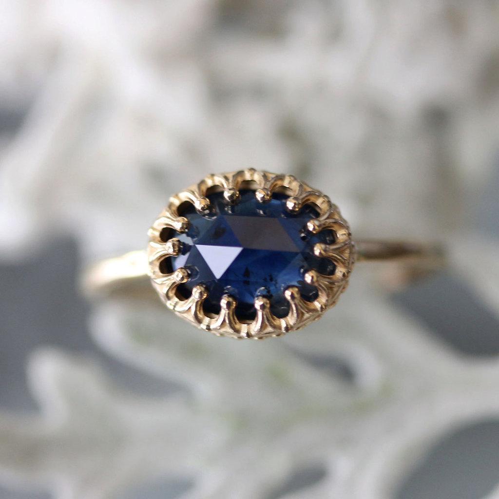 Blue-sapphire-engagement-ring-rose-cut.full