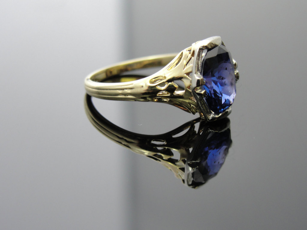Art-nouveau-blue-sapphire-engagement-ring.full