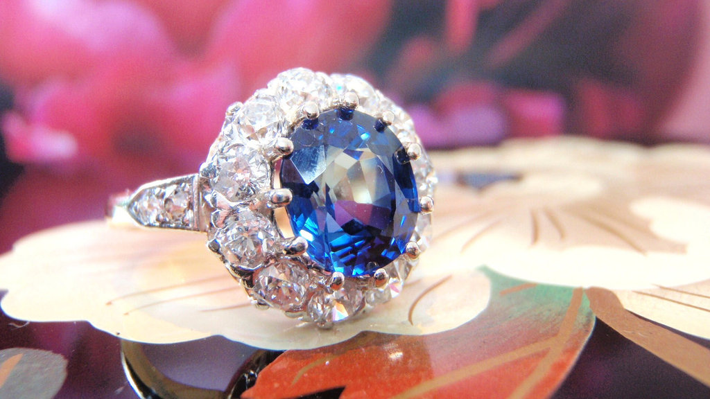 Sapphire-and-diamond-vintage-engagement-ring.full