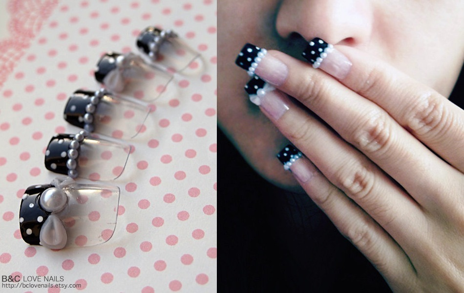 Beaded-pearls-wedding-day-nails.full