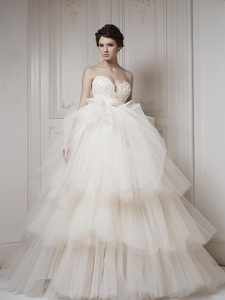 Ersa-atelier-wedding-dress-2013-bridal-12.full