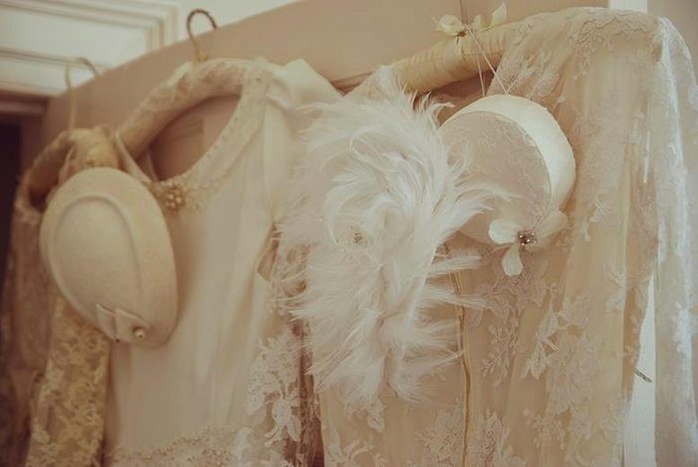 Vintage-inspired-wedding-ideas-fancy-hats.full