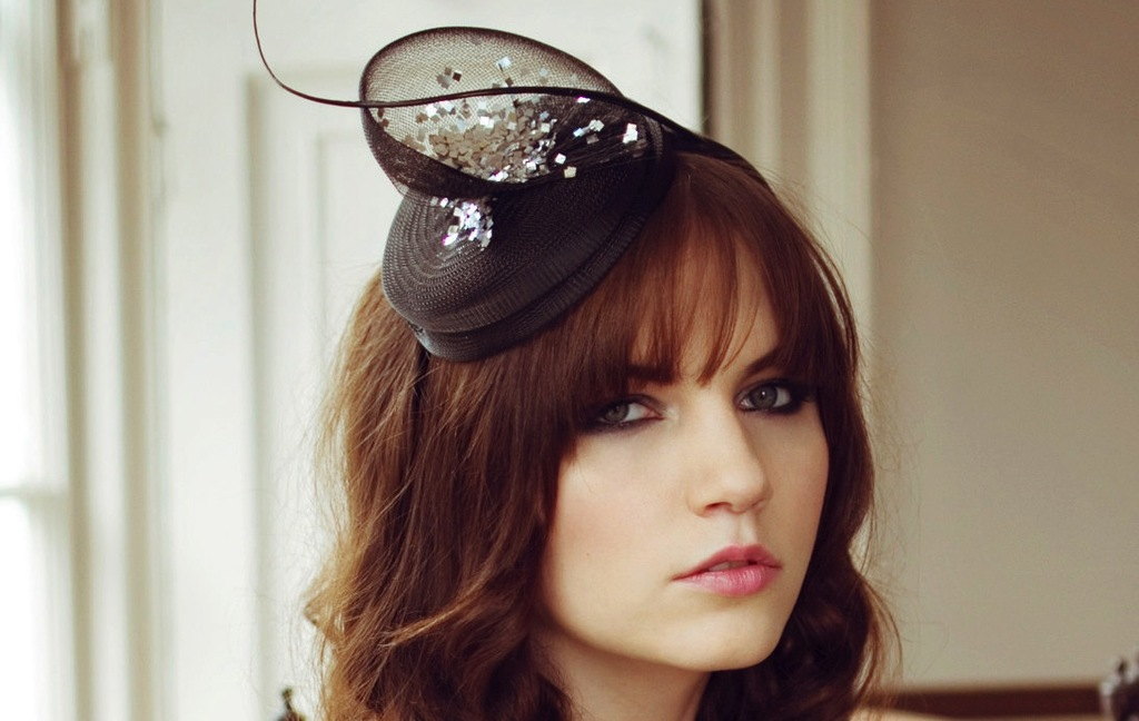 Black-and-silver-chic-bridesmaid-hat.full