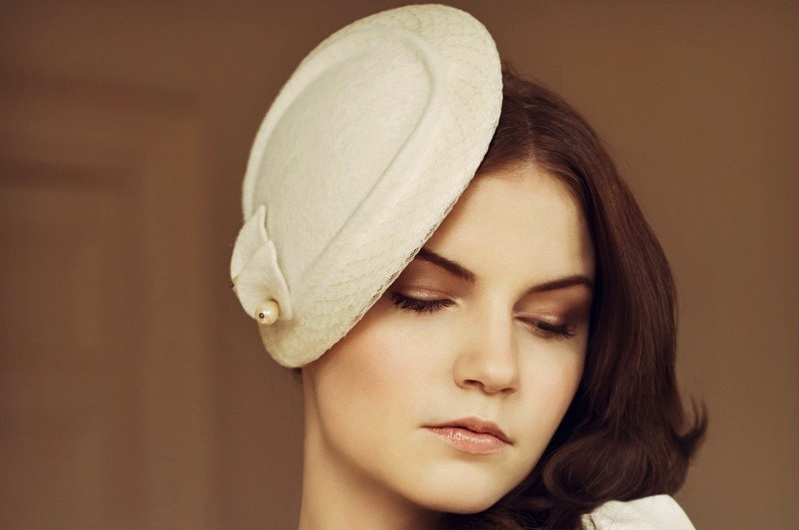 Vintage-bride-wedding-hat-elegant-ivory.full