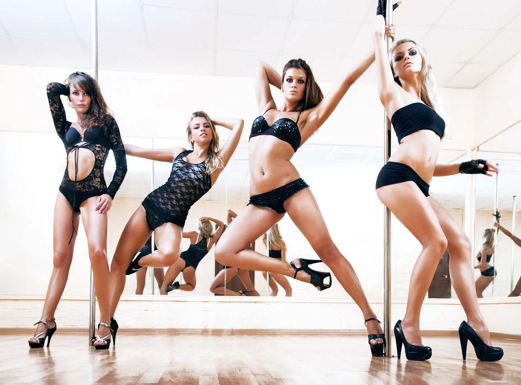 Pole-dancing-classes-for-bachelorettes.full