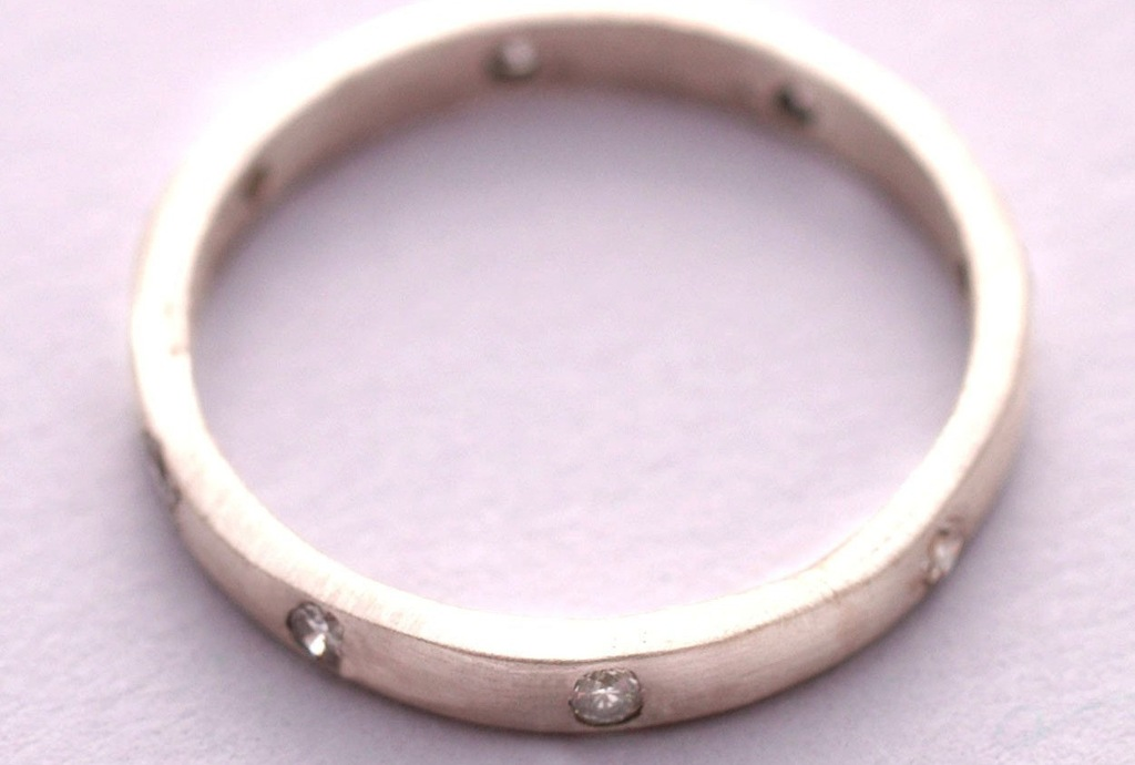 mens diamond white gold wedding band