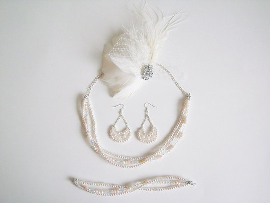 Bridal jewelry set with feather fascinator
