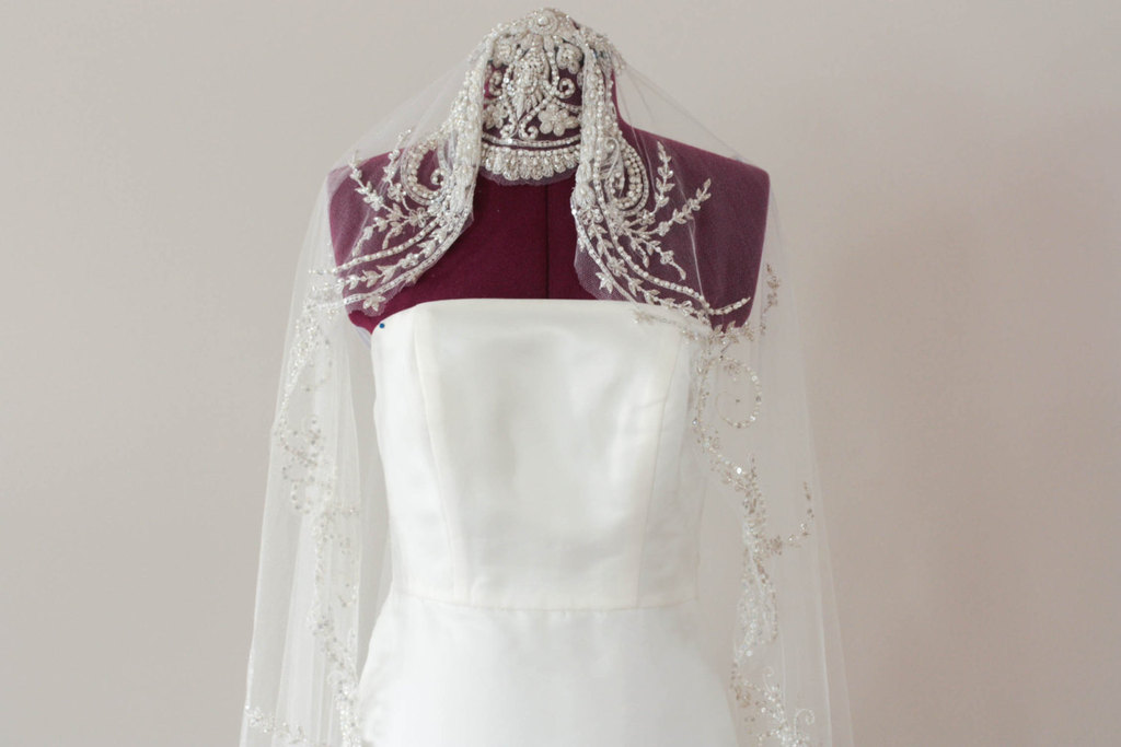 Beaded-bridal-veil-art-deco-inspired.full