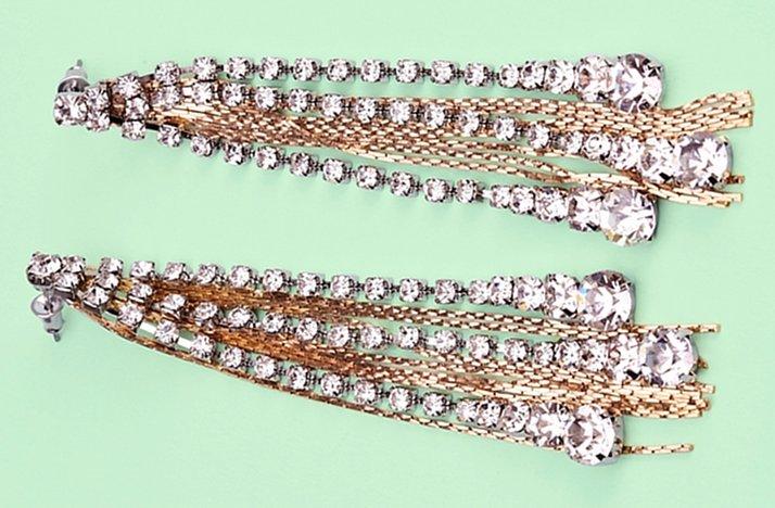 Gold-and-crystal-fringe-bridal-earrings.full