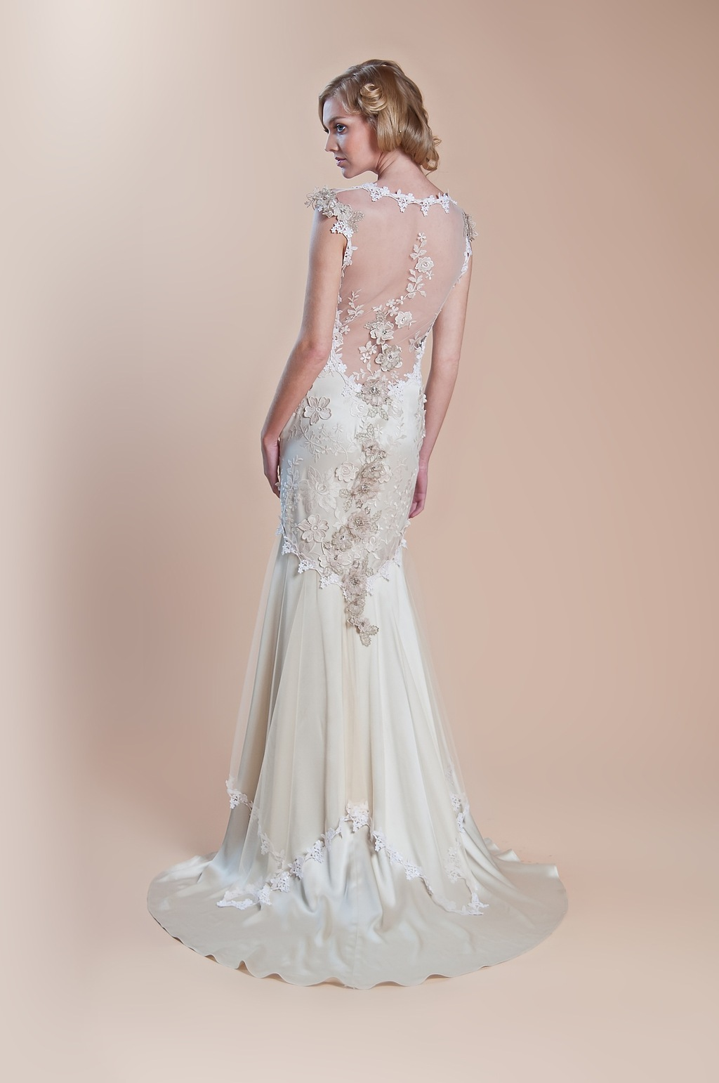 2013-wedding-dress-claire-pettibone-windsor-rose-collection-viola_back2.full