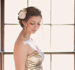 bridal hair accessories by FancieStrands