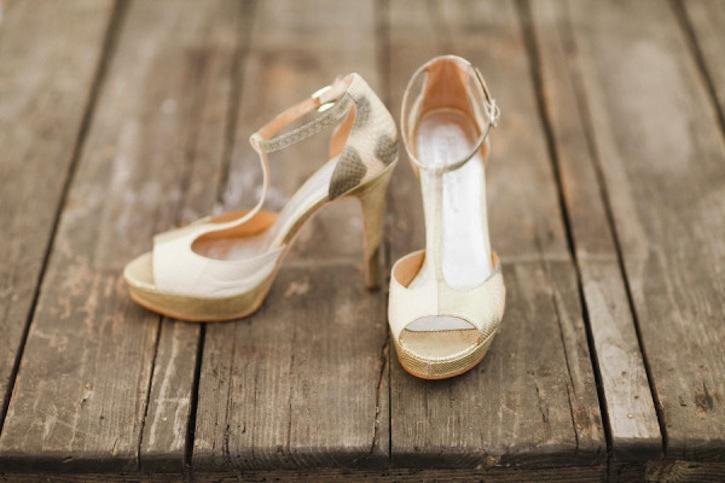 Champagne-sparkle-snakeskin-wedding-heels.full